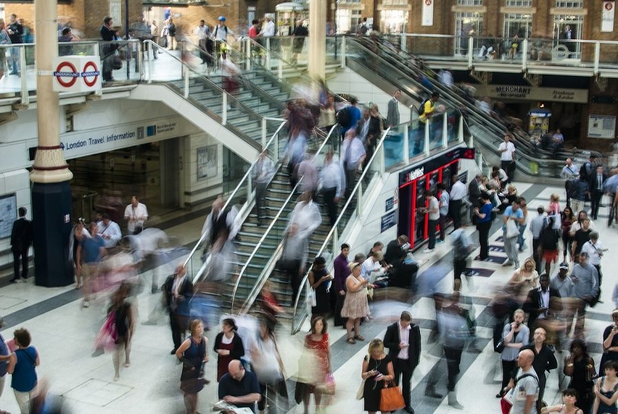 Londoners Spend 400 Days during their lifetime Commuting to Work