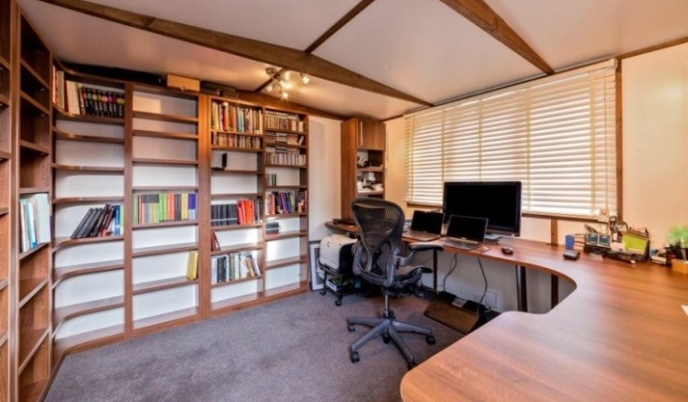 The benefits of working from a smart garden office