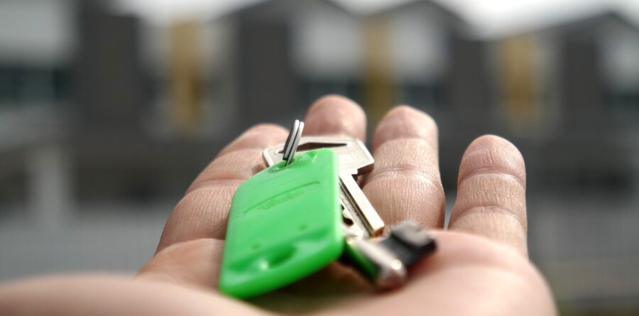 Bank of England sees huge surge in mortgage approvals