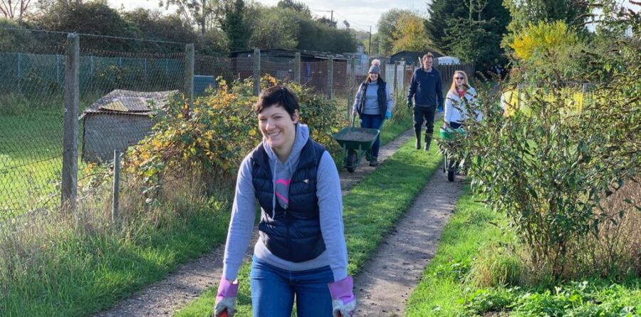 Do Good Networkers get Ipswich's ActivLives community garden winter-ready