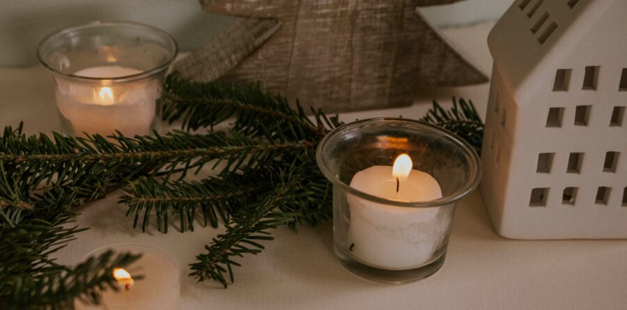 St Elizabeth Hospice's Light up a Life remembrance service to be held virtually this Christmas